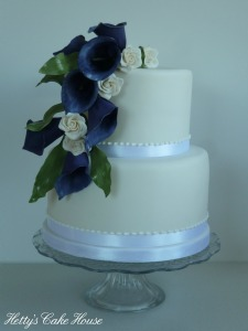 Purple Calla lily cake