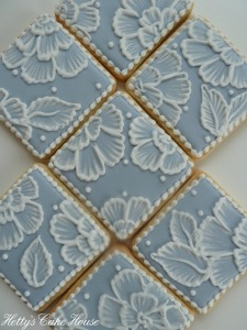 Blue brush embroidery cookies 2
