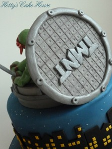 Teenage Mutant cake close up