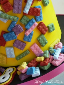 Lego head cake close up