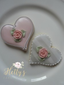 flower heart cookies