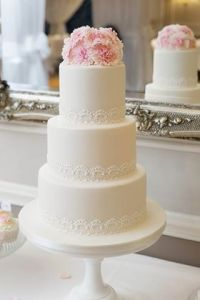 professional carnation cake